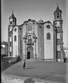 Iglesia de La Concepción, con amplia plaza. Tenerife, Plaza, Notre Dame, Spain, Building, Travel, Santa Cruz, Antique Photos, Past