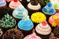 Walmart Is Giving Out Free Cupcakes on Sunday | Food