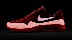'Gym Red' Nike Air Max 1 Ultra Moires with Reflective Accents