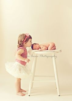 so sweet- i can see future baby's little cousins and baby :)