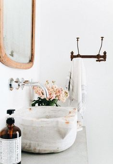 32 Best Shower Tile Ideas That Will Transform Your Bathroom - The Trending House Small Basement Design, Small Basement Bathroom, Laundry In Bathroom, Bathroom Faucets, Remodel Bathroom, White Bathroom, Bathroom Plumbing, Bathroom Showers, Washroom