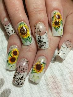 Sunflowers anyone? Nail Technician, Nails Magazine, Sunflowers, Nail Art Designs, Gel Nails, Creative, Painting, Beauty, Hairdos