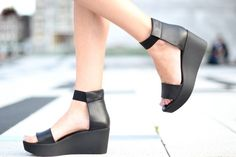 COS flatform sandals