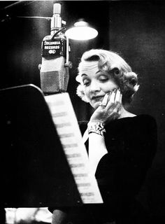 Marlene Dietrich at the recording studio, New York City 1952: photo Eve Arnold