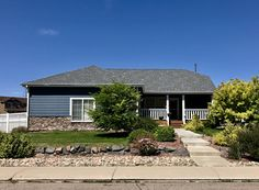 Best Thunderstorm Grey Tamko Shingles Stillwater Roof Shingle Colors Shingle Colors House Roof 400 x 300