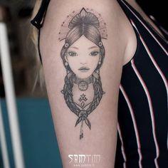 Merci Camille pour ta confiance ! #portrait d'une #indienne tatoué par #Sam !  #portraittattoo #indiantattoo #tatouage @silverbackink #tattoooftheday #SaintPonsdeThomières #Hérault #tarn #aude #mazamet #saintchinian #france @killerinktattoo