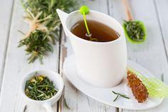 Natural Rosemary and Lemon Tisane - Skinny Ms No Calorie Snacks, Healthy Snacks, Healthy Recipes, Healthy Eating, Diabetic Recipes, Stop Sugar Cravings, Rosemary Tea, Pumpkin Hummus, Tea Recipes