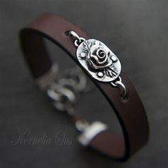 Night rose leather bracelet with silver - product images of SCHJ #silverbracelet #bracelet #silverjewellery #jewelry #jewellery #jewelleryblog #jewelleryboutique