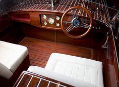 Woodbacker Fat Lady; Boat Design by Jukka Metsäntaus, Oulu Finland.