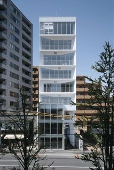Ebi / yHa architects+ L design | ArchDaily