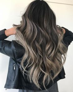 """1,798 Likes, 15 Comments - ⠀⠀⠀⠀⠀⠀⠀⠀⠀⠀⠀X O . F A R H A N A (@xo.farhana.balayage) on Instagram: """"J O Y C E . Smokey blends go against everything I stand for but I die for the end result. The…"""""""
