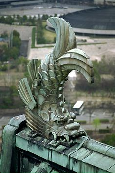 Gargoyle Orca of Osaka Castle, Japan : :Samurai Tour Japanese Architecture, Architecture Details, Gothic Gargoyles, Osaka Castle, Architectural Sculpture, Samurai, Art Sculpture, Green Man, Stone Carving