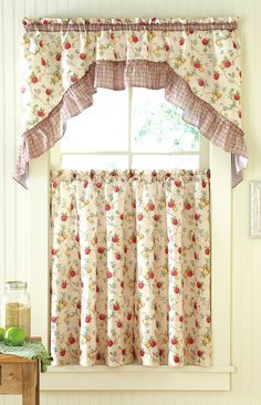 Apples Nu0027 Pears Complete Kitchen Curtain Set By GoodGram®   Assorted Sizes