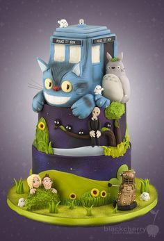 Totoro/Dr Who cake - in cake form this crossover really works :) Cake & Co, Cake Art, Eat Cake, Fondant Cakes, Cupcake Cakes, Cupcakes, Beautiful Cakes, Amazing Cakes, Dr Who Cake