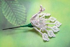 Hair Jewelry Hair Pin White Peacock Tembleques by QueXopaPanama