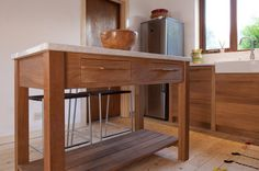 Wicklow, Talisman Woodworks designs beautiful, thoughtful and liveable kitchens. Compact Kitchen, Kitchen Cart, Kitchen Furniture, Entryway Tables, Woodworking, Contemporary, Design, Home Decor, Decoration Home