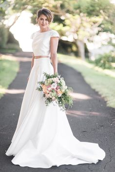 Modern classic two piece Karen Willis Holmes wedding dress | Kaitlin Maree Photography | See more: http://theweddingplaybook.com/wedding-playbook-magazine-volume-10/