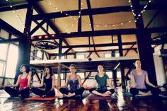 String overhead lights, MOYO yoga, Skippak Pa