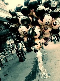 MICKEY Balloons!<3