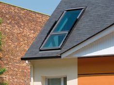 It's now possible to transform a skylight into a small balcony by simply opening its frame. Danish window company Velux has designed Cabrio, a do Skylight Window, Balcony Window, Attic Window, Roof Window, Balcony Garden, Transitional Living Rooms, Transitional Decor, Transitional Kitchen, Gable Roof Design