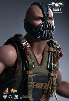 1/6th scale Bane 12-inch Collectible Figure (The Dark Knight Rises - Hot Toys)