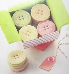 cute button cookies for a seamstress friend :)