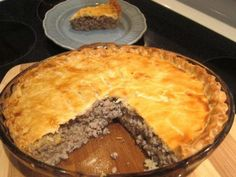 Best French Meat Pie Advertisements Ingredients: 1 lb ground beef 8 ounces ground pork onion, finely chopped water 2 large potatoes, peeled, cut into quarters salt allspice ground cloves teaspoon pepper 1 double crust pie crust Advertisements. French Meat Pie, Meat Recipes, Cooking Recipes, Healthy Recipes, Cooking Ham, Cooking Steak, Pasta Recipes, Gastronomia, Recipes