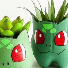 Best 12 Any Pokemon fan will love to make a recycled Bulbasaur planter from a plastic bottle. A little paint, the free template Plastic Bottle Planter, Reuse Plastic Bottles, Plastic Bottle Flowers, Plastic Bottle Crafts, Diy Bottle, Recycled Bottles, Pop Bottle Crafts, Plastic Craft, Plastic Containers
