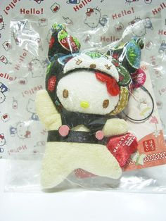 "HELLO KITTY x KUROMI Sanrio JAPAN Puroland Chirimen Plush Doll Charm Strap NWT : *Condition* NEW! Released in 2007 Exclusive to Sanrio JAPAN Puroland only! *Size* About 3.9"" (10cm) in height 49.99-69.99 (4/4.50/5)"