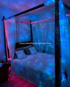 Neon Bedroom, Room Design Bedroom, Room Ideas Bedroom, Bedroom Decor, Galaxy Bedroom Ideas, Decor Room, Aesthetic Room Decor, Aesthetic Indie, Dream Rooms