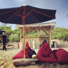 Melissa (Blog Indojunkie) hat über 1,5 Jahre auf Bali verbracht. Sie verrät euch ihre Geheimtipps - zu Stränden, Tauchspots, Yoga, Hotels und Restaurants.