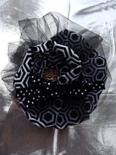 vintage black and white head band on stretch ribbon