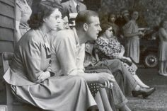16 Rarely Seen Photos of Queen Elizabeth II and Prince Phillip Elizabeth Philip, Princess Elizabeth, Queen Elizabeth Ii, Queen Mother, Queen Mary, King Queen, English Royal Family, British Royal Families, Young Prince Philip