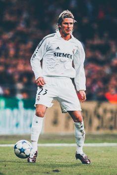 Fotos Real Madrid, Real Madrid Team, Real Madrid Football Club, World Football, Sport Football, David Beckham, Brooklyn Beckham, Real Mardid, Ronaldo Free Kick