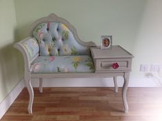 Upcycled with Laura Ashley Summer Palace fabric and Autentico paint. Telephone Seat, Telephone Table, Vintage Telephone, Funky Furniture, Paint Furniture, Upcycled Furniture, Parisian Kitchen, Gossip Bench, Annie Sloan Old White