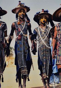 Africa | Wodaabe men participating in the Yaake dance durig the Gerewol Festival.  Niger | ©Marti Brown
