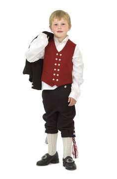 Guttebunad fra Sunnmøre - Traditional Norwegian boy costume