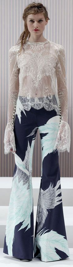 Summer Style. Womens clothing from: http://findanswerhere.com/womensfashion