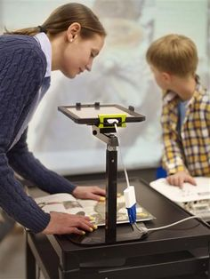 Copernicus | Product Details | DEWEY the document camera stand for your iPad $95