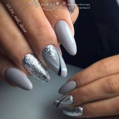 Nail art Christmas - the festive spirit on the nails. Over 70 creative ideas and tutorials - My Nails Perfect Nails, Gorgeous Nails, Amazing Nails, Cute Nails, Pretty Nails, Grey Nail Designs, Nagellack Trends, Gray Nails, Black Silver Nails