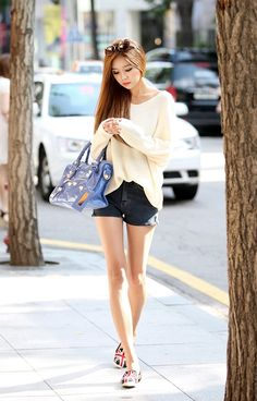Buy Loose Knit Long Rays Top at Korean Fashion Store. Hot current Korean fashion always updated daily. Japanese Fashion, Asian Fashion, Love Fashion, Girl Fashion, Womens Fashion, Girl Outfits, Cute Outfits, Fashion Outfits, Rock Club