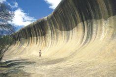 Wave Rock, près de Hyden, dans l'Outback d'Australie-Occidentale.                                                             © Tourism WA