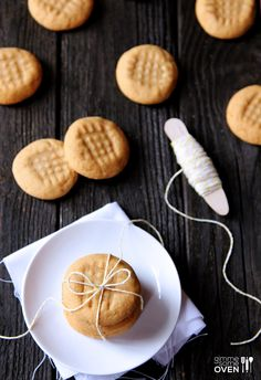 3 Ingredient Peanut Butter Cookies Recipe | gimmesomeoven.com