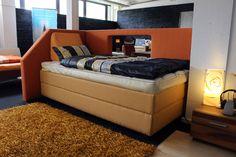 """Einzelstück! BESTBED Boxspring Gelbett mit Original Gel-Vital-Gelbett® Anahita in 100x210cm. Dieses Bett fällt auf. Mit """"Fenster"""" im Seitenteil"""