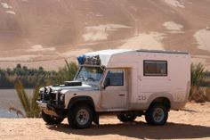 Land Rover Defender 110 with camper Landrover Defender, Defender Camper, Land Rover Defender 110, Land Rovers, Aigle Animal, Cool Rvs, Truck Bed Camper, General Motors, Adventure Campers