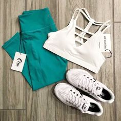 Your go-to for fitness outfit inspiration and dreamy images of all your ZYIA products! All taken by our fabulous fans TEAL & WHITE New Outfits, Sport Outfits, Cute Outfits, Fashion Outfits, Robin Robinson, Gym Swag, Fitness Fashion, Fitness Outfits, Workout Outfits