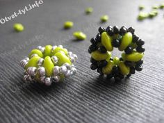 Beaded Bead PANDORA. FREE Tutorial from Otvet-tyt. In Russian with good pictures (or translate). Use: 12 SuperDuo beads, Czech seed beads (10/0?)
