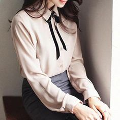 Eva Fashion - Tie-Neck Chiffon Blouse