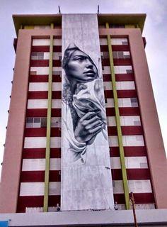 El Mac Completes Mural for Los Muros Hablan in Puerto Rico