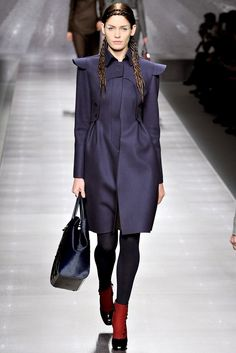 Fendi Fall 2012 Ready-to-Wear Fashion Show Collection